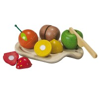Assortiment de fruits en bois à couper